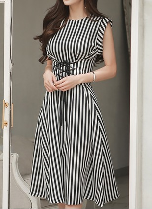 Polyester Stripe Sleeveless Knee-Length Casual Dresses
