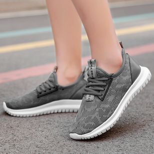 Women's Lace-up Round Toe Fabric Flat Heel Sneakers (100447350)