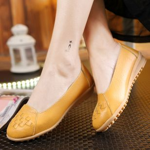 Knit Closed Toe Flat Heel Shoes