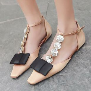 Rhinestone Buckle Pointed Toe Flat Heel Shoes