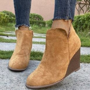 Women's Zipper Round Toe Nubuck Wedge Heel Wedges (111608146)