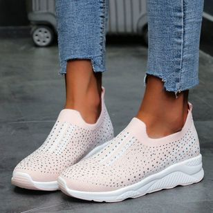 Women's Beading Round Toe Fabric Flat Heel Sneakers (147076552)