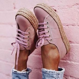 Women's Lace-up Closed Toe Flat Heel Sneakers (1334506)