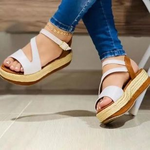 Women's Buckle Slingbacks Cloth Low Heel Sandals (147210391)