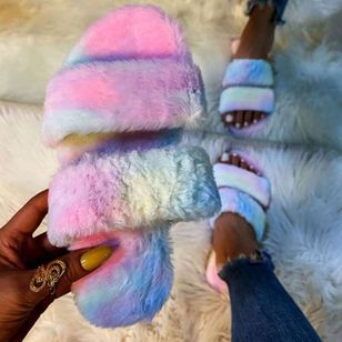 Women's Fur Round Toe Flat Heel Slippers (120295031)