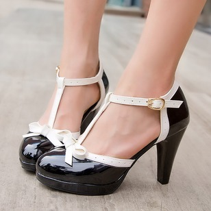 Bowknot Buckle Closed Toe PU Cone Heel Shoes