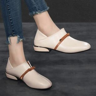 Women's Closed Toe Low Heel Pumps (146774999)