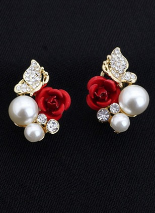 Floral Pearls Stud Earrings 1 pairs