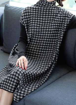 Plaid Pockets Long Sleeve Knee-Length Shift Dress