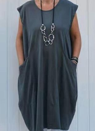 Plus Size Casual Solid Tunic Round Neckline Shift Dress (4662181)