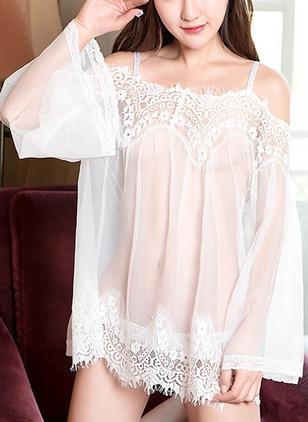 Polyester Camisole Neckline Lace Pajamas
