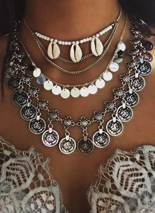 Boho Round No Stone Pendant Necklaces (1521231)