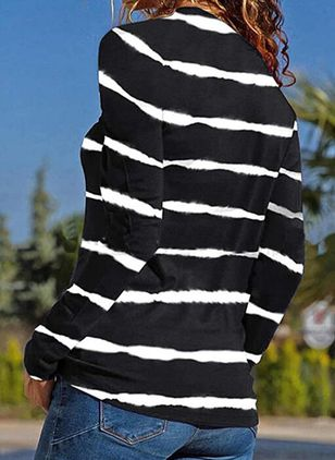 Stripe V-Neckline Long Sleeve Casual T-shirts (107805539)