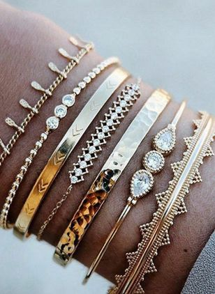 Casual Ball Crystal Cuff Bracelets (4073948)