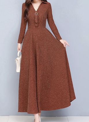 Casual Solid V-Neckline Maxi X-line Dress (111323565)