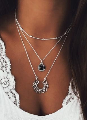 Casual Round Gemstone Pendant Necklaces (111852872)