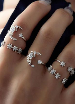 Moon Crystal Rings (1540426)