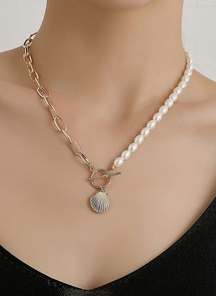 Casual Round Pearls Pendant Necklaces (147090830)