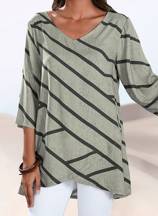 Stripe Casual V-Neckline 3/4 Sleeves Blouses (1501529)