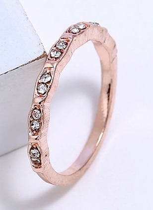 Round Crystal Rings Single