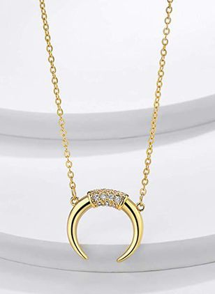 Casual Moon Crystal Pendant Necklaces (4126787)