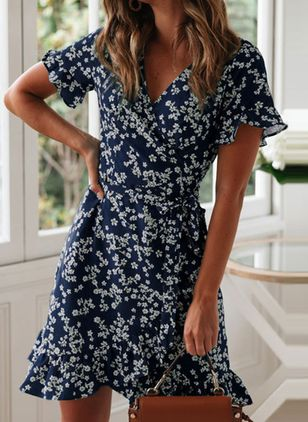 Casual Floral V-Neckline Above Knee X-line Dress (1513465)