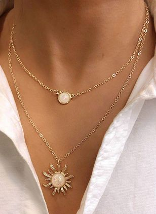 Casual Round Pearls Pendant Necklaces (4355560)