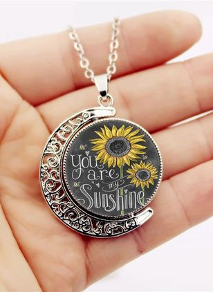 Casual Floral Moon No Stone Pendant Necklaces (4049782)