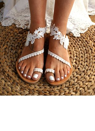 Flower Toe Ring Flat Heel Shoes