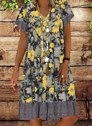 Casual Floral Tunic V-Neckline A-line Dress (4355675)