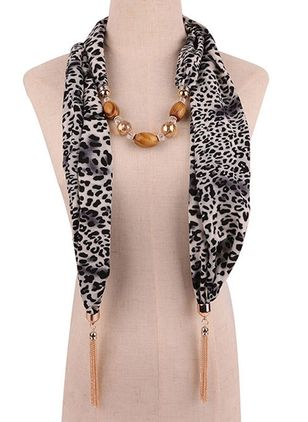 Casual Leopard Scarves (111853042)