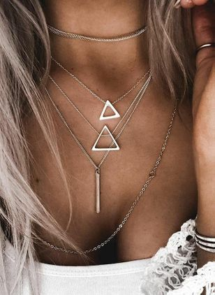 Casual Geometric No Stone Pendant Necklaces (107519860)