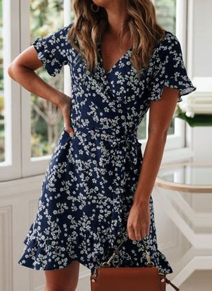 Casual Floral Skater V-Neckline X-line Dress (147066492)