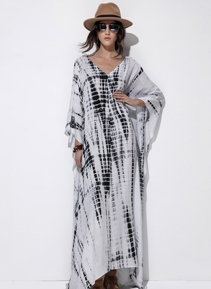 V-Neckline 3/4 Sleeves Maxi Shift Dress