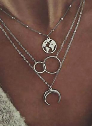 Casual Moon Round No Stone Pendant Necklaces (104135163)