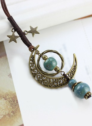 Moon No Stone Pendant Necklaces