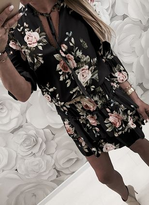 Casual Floral Skater V-Neckline X-line Dress (4126847)