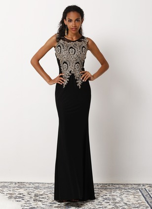 Elegant Solid Embroidery Round Neckline Sheath Dress (1092005)