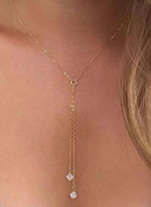 Casual Round Crystal Pendant Necklaces (4541249)