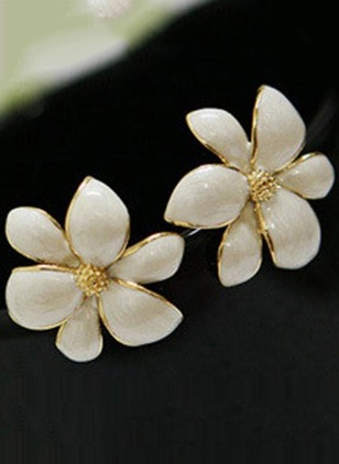 Floral No Stone Stud Earrings 2 pairs