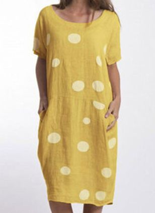 Plus Size Tunic Polka Dot Round Neckline Casual Pockets Plus Dress (4040397)
