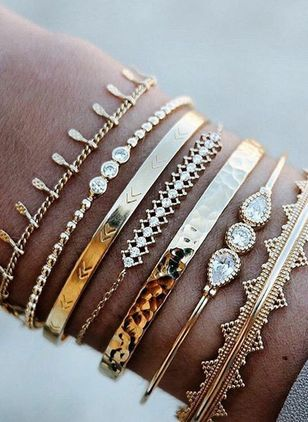 Casual Ball Water Drop Round Crystal Bangle Bracelets (4047743)