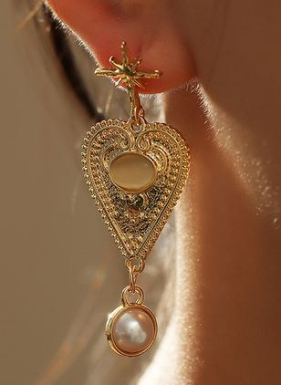 Elegant Heart Pearls Dangle Earrings (101398898)
