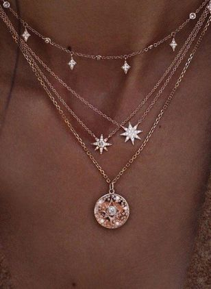 Casual Star Crystal Pendant Necklaces (1311318)