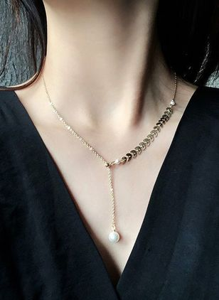 Casual Ball Pearls Pendant Necklaces (5501555)
