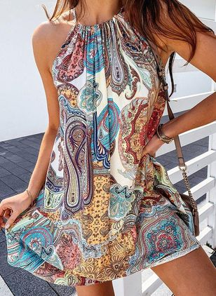Casual Floral Tunic Halter Neckline Shift Dress (147219139)