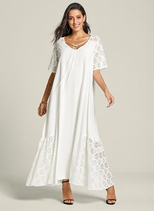 Plus Size Peasant Solid V-Neckline Casual Lace Plus Dress (1319354)