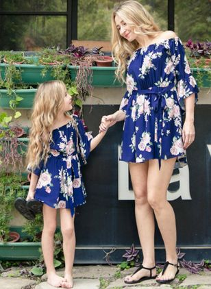 Mommy and Me Floral Casual Half Sleeve Family Outfits (4369591)