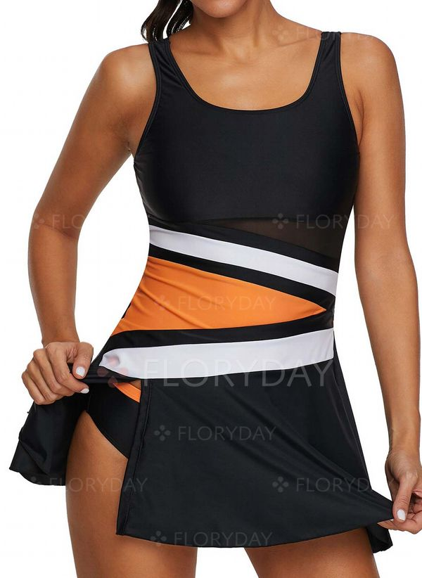 5e9631a83d2c1 YOU MAY ALSO LIKE. Plus Size Polyester Color Block Tankinis ...