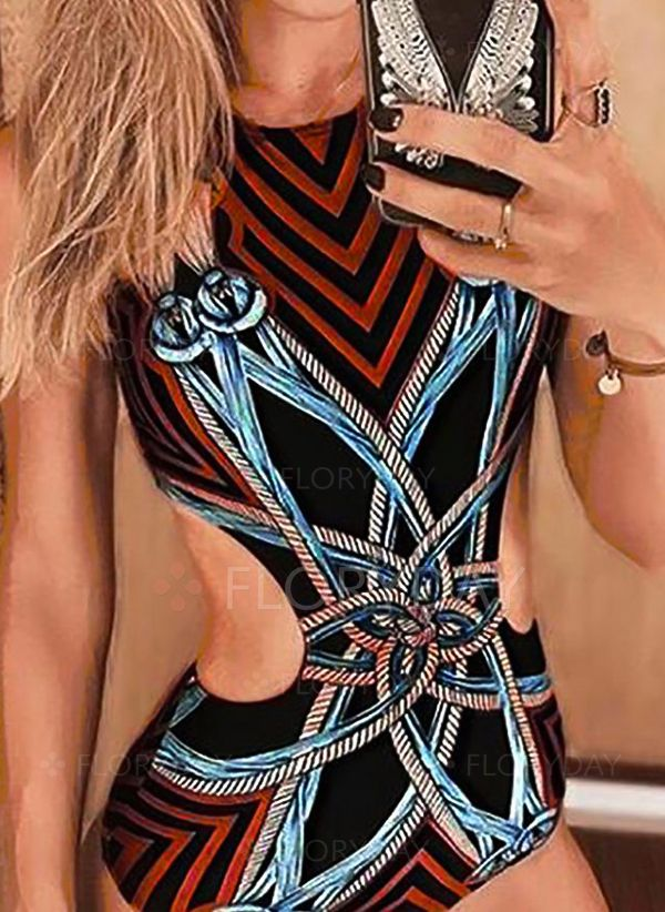 033ae0cdfc34b Plus Size Polyester Halter Color Block One-piece Swimwear - Floryday